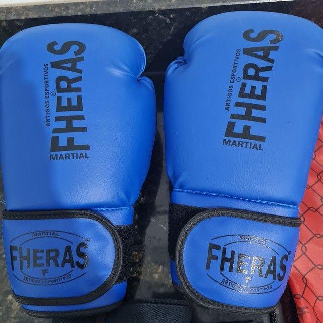 Kit Luva de Boxe Muay Thai MMA Bandagem Bucal 08oz Azul<br><br> - Foto 2
