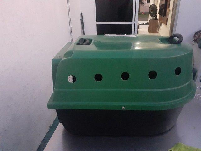 Caixa de transporte semi nova cachorro  - Foto 3