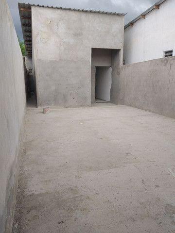 .Linda casa com terreno grande nos fundos 3qts 1 suíte  - Foto 10