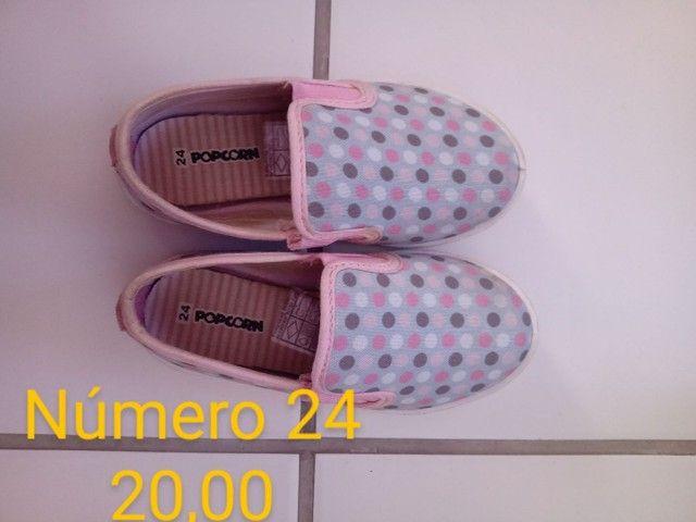 Sandálias infantil Seminovas - Foto 4
