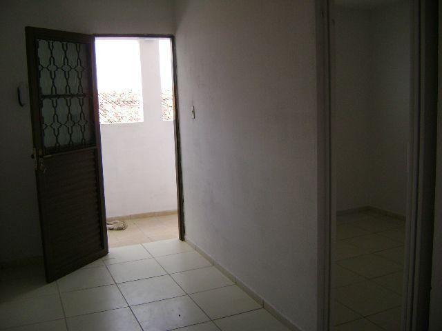 Apartamento no Planalto 1/4 390 e 2/4 490