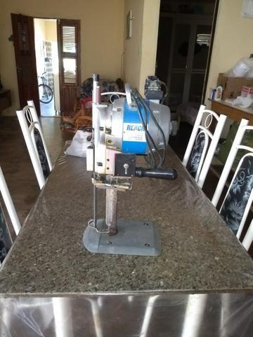 Máquina de cortes de oito polegada em bom funcionamento estou vendendo