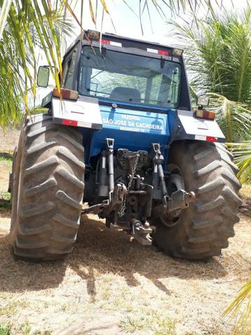 Trator New Holland 4x4
