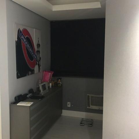 Lindo apartamento mobiliado e duas vagas de garagem - Foto 10