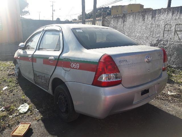 Sucata Etios 1.5 Sedan 2015 para retirada de peças
