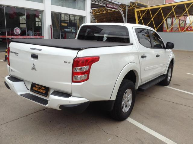 MITSUBISHI L200 TRITON 2017/2018 3.2 GLX 4X4 CD 16V TURBO INTERCOLER DIESEL 4P MANUAL - Foto 6