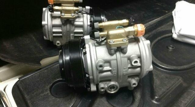 Compressor do ar-condicionado p microônibus V8 Marco polo $1.550