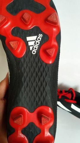Chuteira Adidas predator nunca usada ainda na caixa. - Foto 3