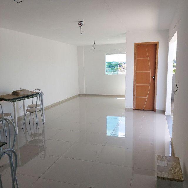 _/ Excelente Apartamento,02qts, sacada, vaga coberta, piso, 5min terminal  - Foto 13