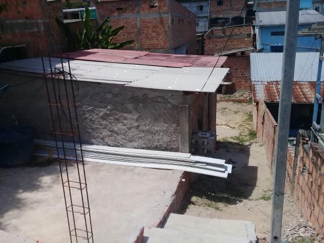 Armando Mendes com casa e terreno medindo 08 x 25 - Foto 8