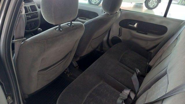 Clio sedan 1.6 expression 2007 completo  - Foto 12
