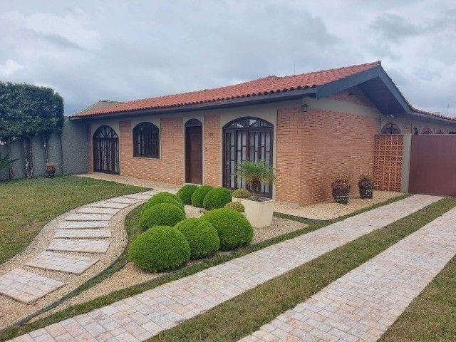 Linda Casa  352.55 m² c/ Terreno 1136.00 m2 - Palmas