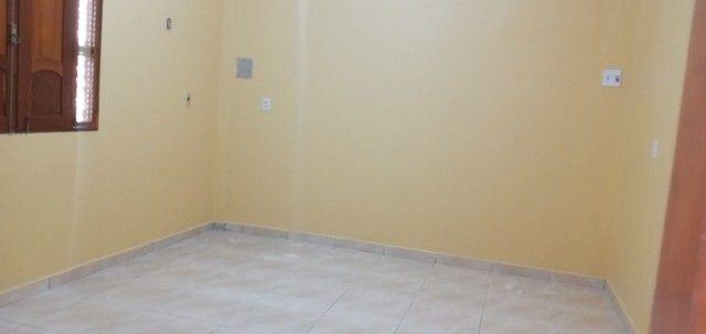 Aluga-se casa no universidade com 03(três) quartos, sendo um suíte - Foto 10