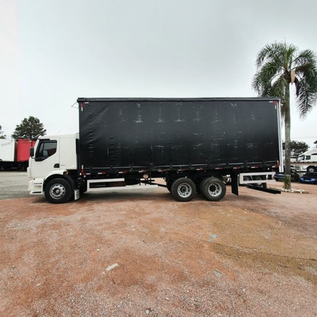 Caminhão Truck Volvo Vm260 6x2 Carroceria Sider 2011 Vm 260 #Com Sinal De R$23.000,00 - Foto 12