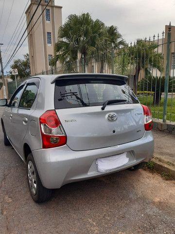 Toyota Etios 1.3X Completo 2016/17 - Foto 3