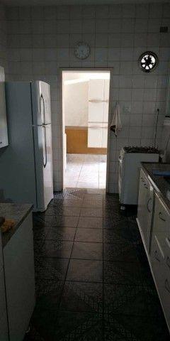 Apartamento para venda possui 167 metros quadrados com 4 quartos - Foto 16