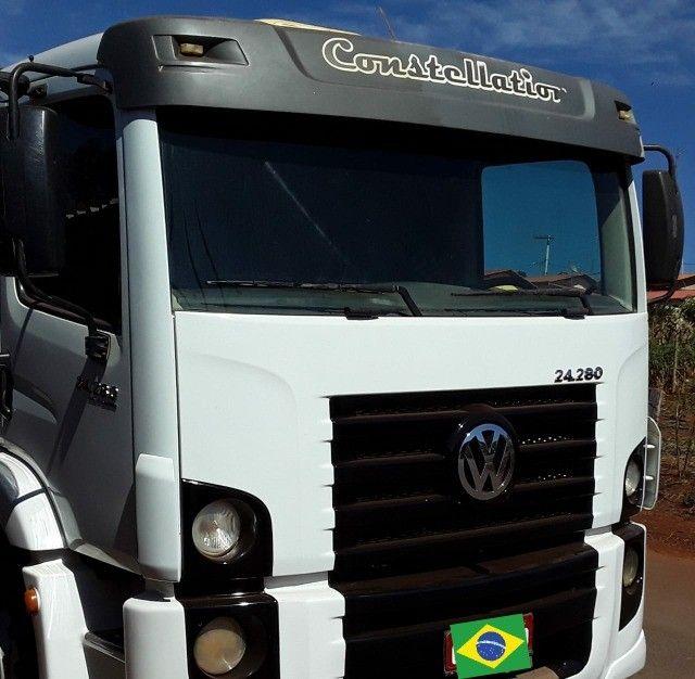 caminhão Volkswagen constellation 24.280