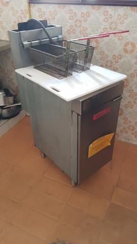 Fritadeira Vulcan a gas 15l com duas cestas