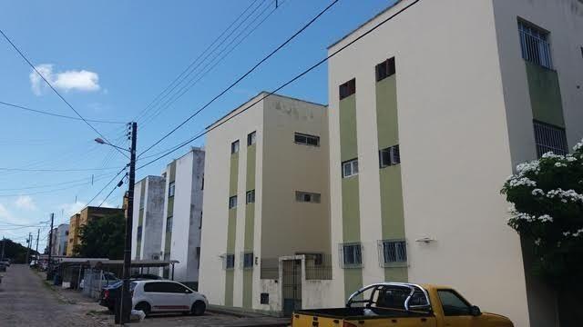 Cond. Parque dos Rios - 62m² - 3 quartos e 2 banheiros - Capim Macio