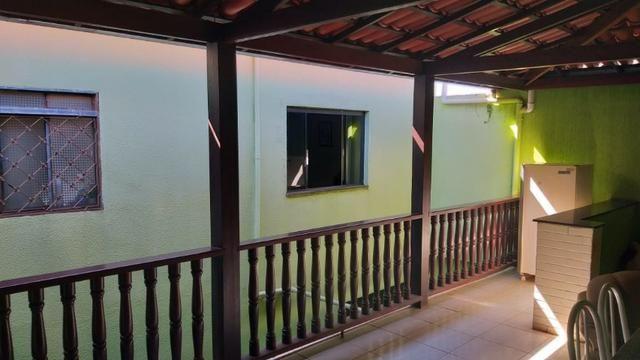 Excelente Imóvel com 03 moradias na Quadra 202 do Residencial Oeste - Foto 18