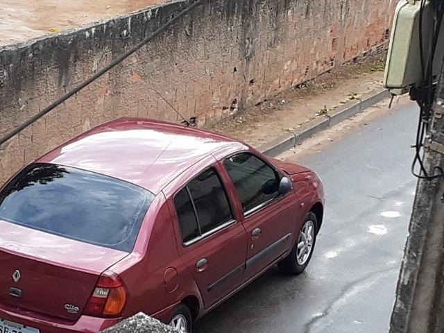 Renault Clio Sedãn completo - Foto 7