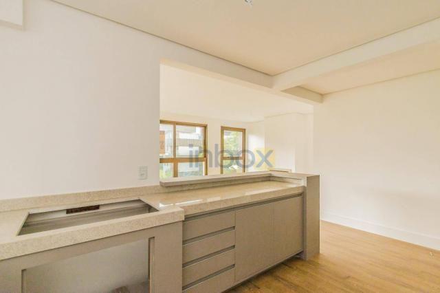 Lindo apartamento 3 suítes semi mobiliado com 116m privativos - Foto 9