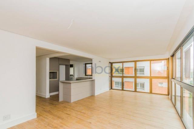 Lindo apartamento 3 suítes semi mobiliado com 116m privativos