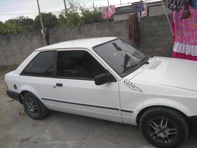 Vendo ou troco num carro mais novo gol,uno,palio.etc - Foto 3