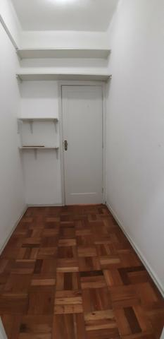 Quarto e sala em Copacabana posto 6 - Foto 8