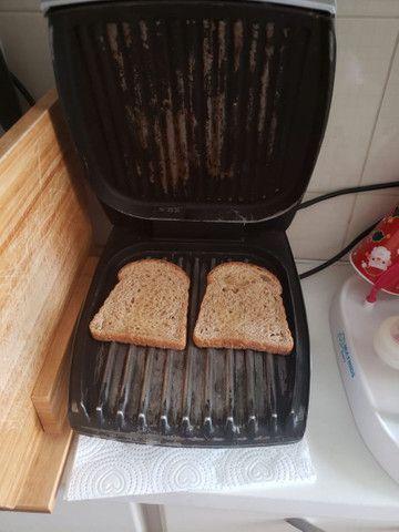 Grill George Foreman com aquecedor de pães - Foto 2