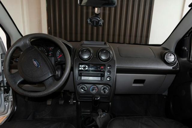 Ford Fiesta 4 portas FLEX ano 2008/2009 - Foto 7