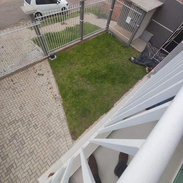 _/ Excelente Apartamento,02qts, sacada, vaga coberta, piso, 5min terminal  - Foto 9