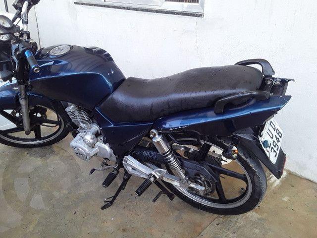 Vendo moto ou troco