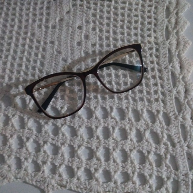 armação de óculos feminino Dubai original, ou seja, foi comprada em ótica