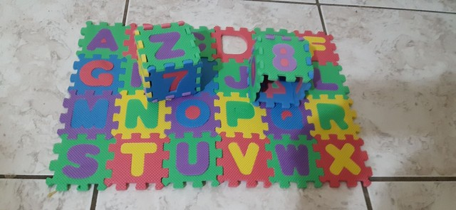 Mini-  tapete  infantil de montar  de letras e números, todos alfabéticos.  - Foto 6