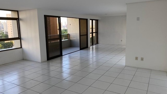 Luxuoso apartamento para venda com 200 metros quadrados com 4 quartos no Parnamirim - Foto 4