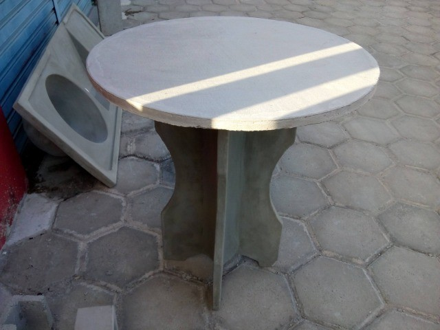 Mesas e Bancos - Foto 3