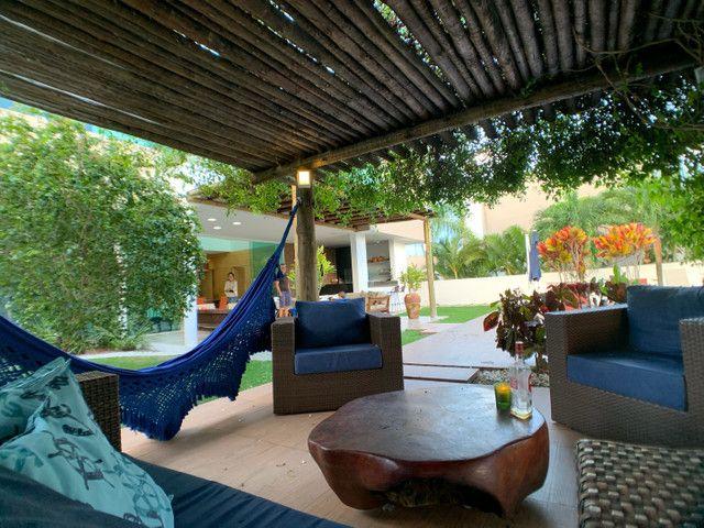 Casa linda e aconchegante com 4 suítes e localizada no Condomínio Laguna. - Foto 5