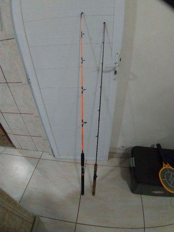 Carretilha e varas de pesca - Foto 3