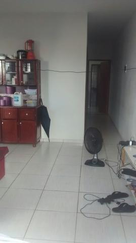 Aluga-se uma casa R$ 500 reais