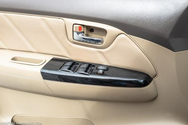 Toyota Hilux Sw4 7 Lugares - Foto 16