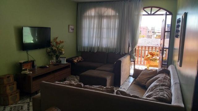 Excelente Imóvel com 03 moradias na Quadra 202 do Residencial Oeste - Foto 4