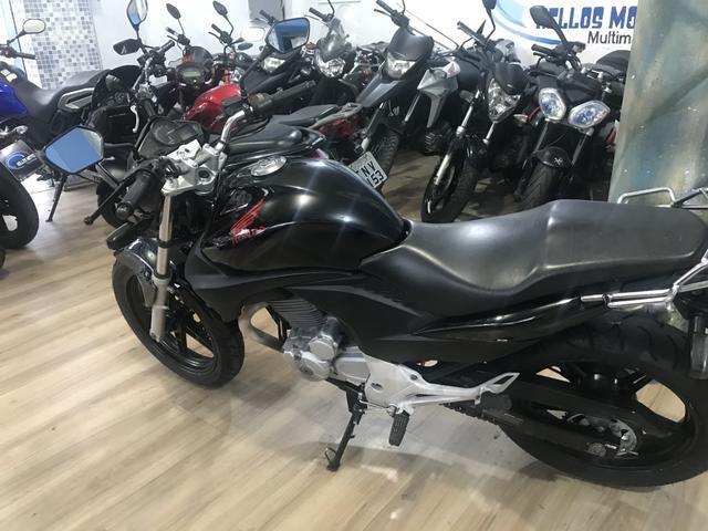 Honda cb 300 2011 aceito moto Fin 48 x aceito cartão até 12 x 1.6% ao mês - Foto 10