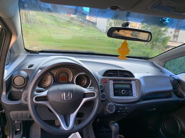 Honda Fit automático - Estado impecável - Foto 8