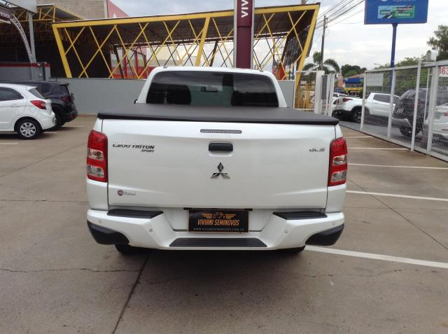 MITSUBISHI L200 TRITON 2017/2018 3.2 GLX 4X4 CD 16V TURBO INTERCOLER DIESEL 4P MANUAL - Foto 4