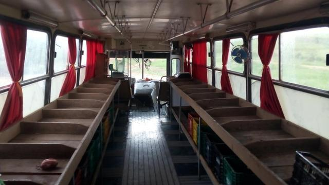 Ônibus Torino comercio valor 17,000.00 - Foto 2