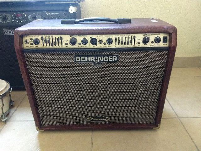 Caixa para Guitarra Behringer