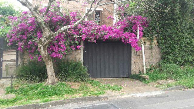 Casa no bairro Tristeza Zona Sul BAIXOU para vender esta semana