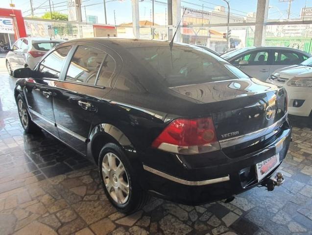 Chevrolet GM Vectra Elegance 2.0 Preto - Foto 6