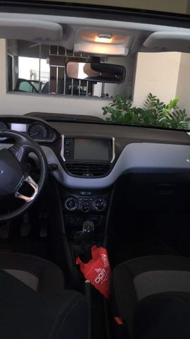 Peugeot 208, Allure 1.5 - Foto 4